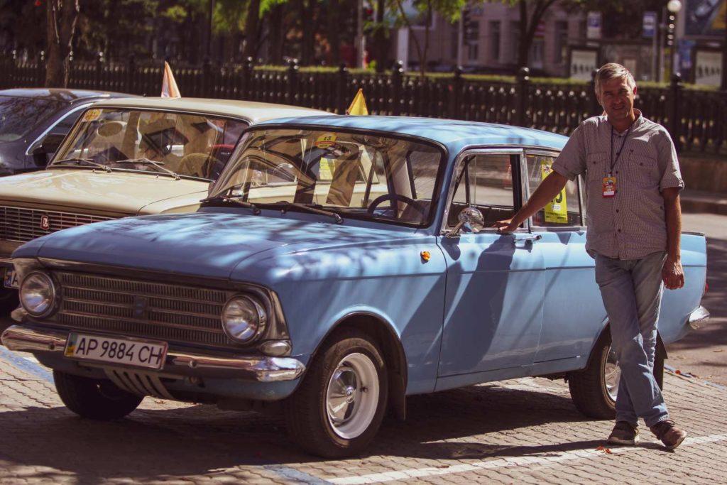 Ретро-пробег: зачем людям старые кабриолеты и правительственные татры - 3 зображення