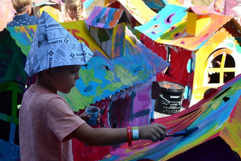 350 литров краски для ГогольFest - 1 зображення