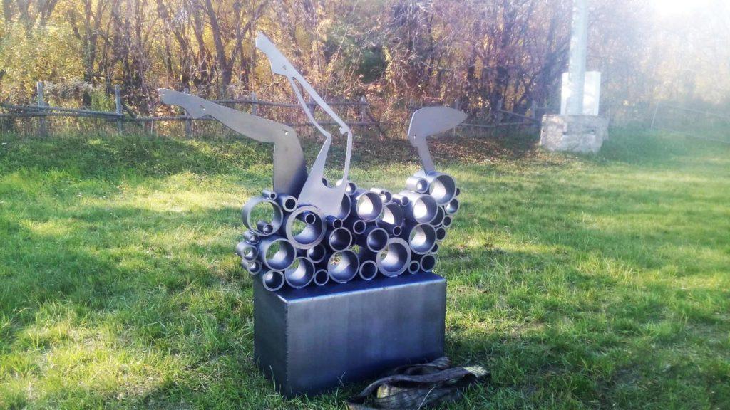 Дніпровська скульпторка презентує авторські роботи на Interpipe TechFest - 1 зображення
