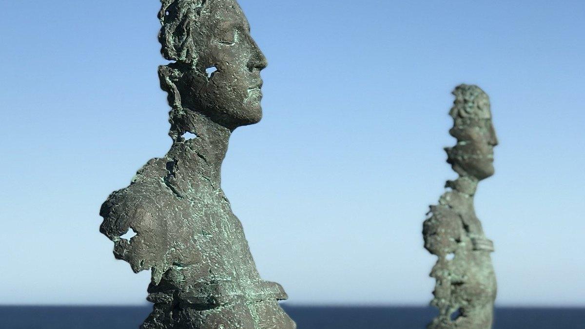 Скульптор із Дніпра вперше представив Україну на культовій виставці в Австралії