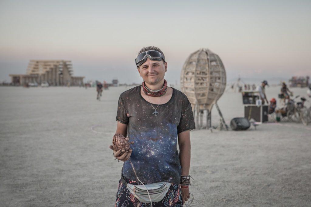 Днепрянин организовует украинскую версию Burning Man под Львовом - 4 зображення
