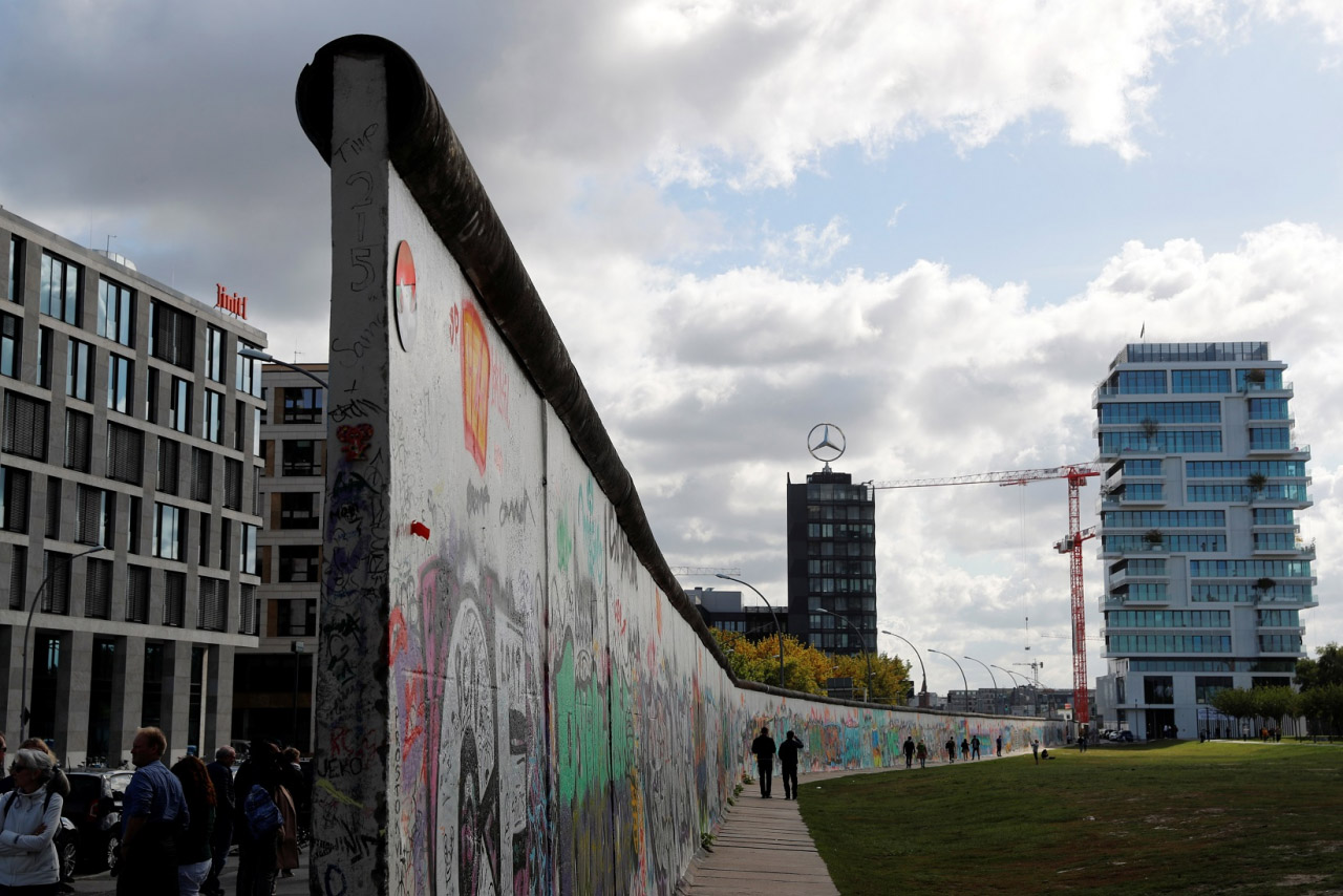 """Музей """"Машини часу"""" запрошує художників у проєкт """"Арт-стіна"""""""