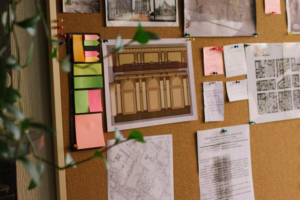 Будинки-тягарі - 13 зображення