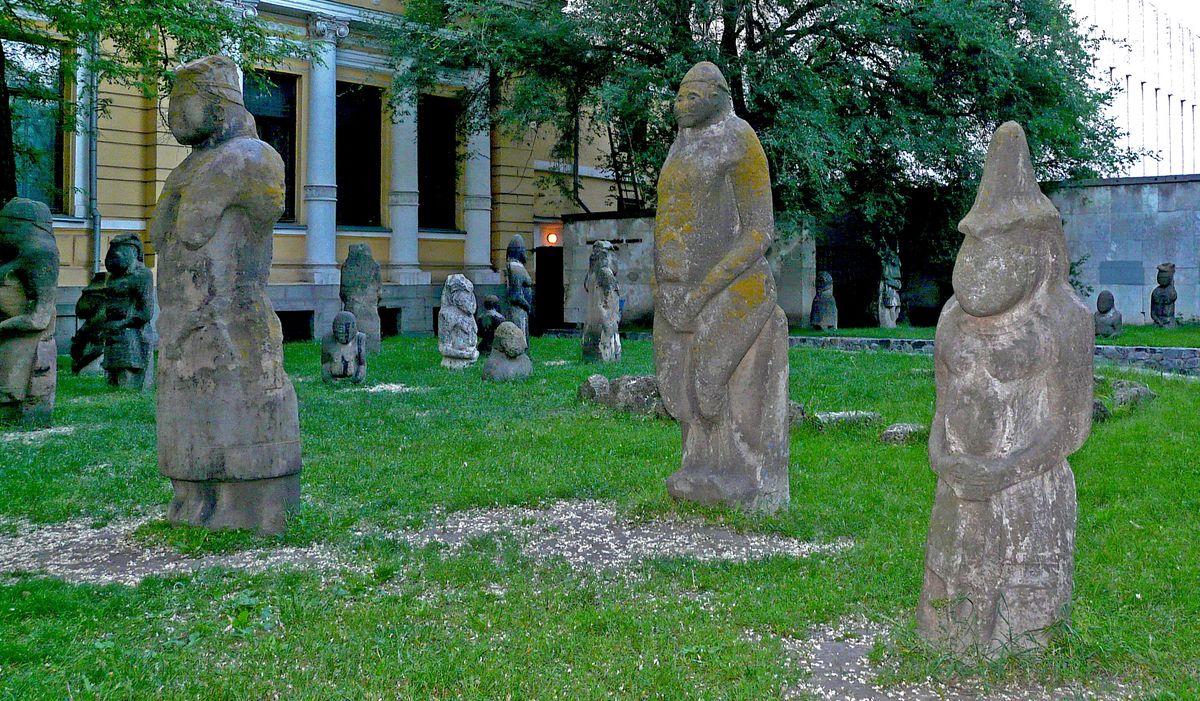 Історичний музей зробив онлайн-екскурсію про кам'яні баби