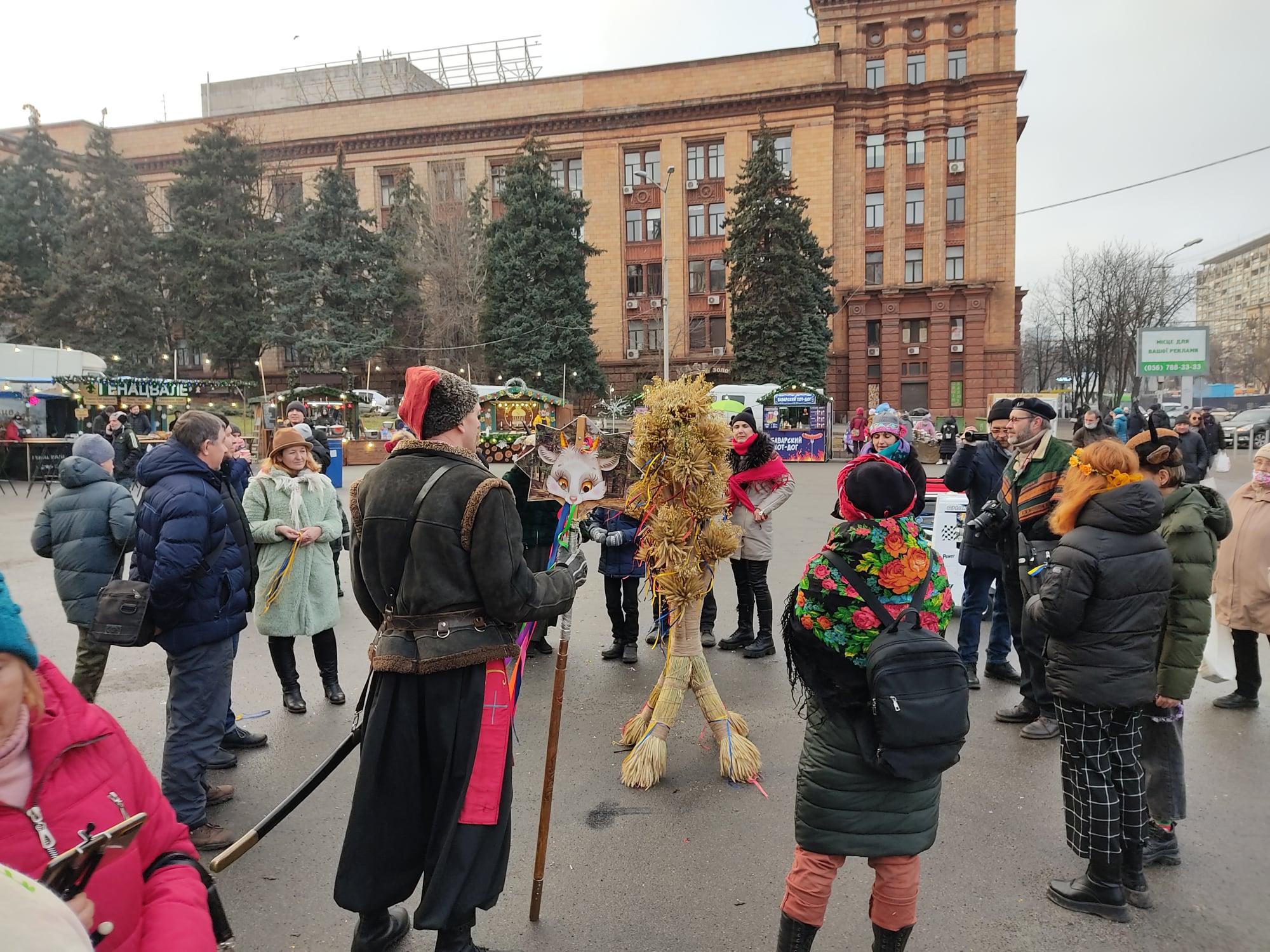 На площі Героїв Майдану вперше встановили дідух