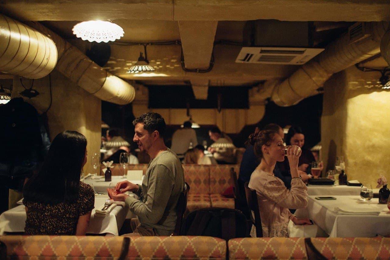 """""""Миші Бляхера"""" """"продаються"""": з'ясовуємо, що буде з рестораном, і зізнаємося йому в коханні"""