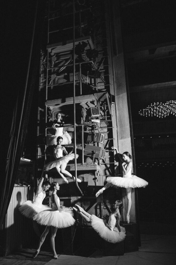За лаштунками оперного театру - 2 зображення