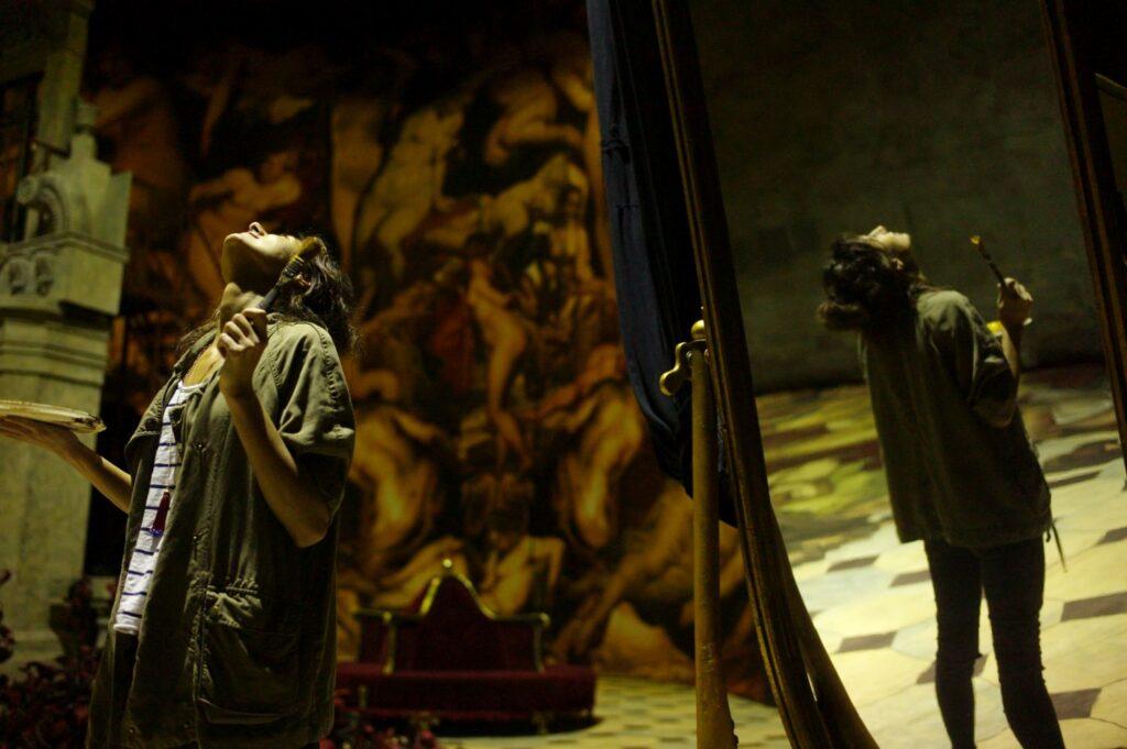 За лаштунками оперного театру - 29 зображення