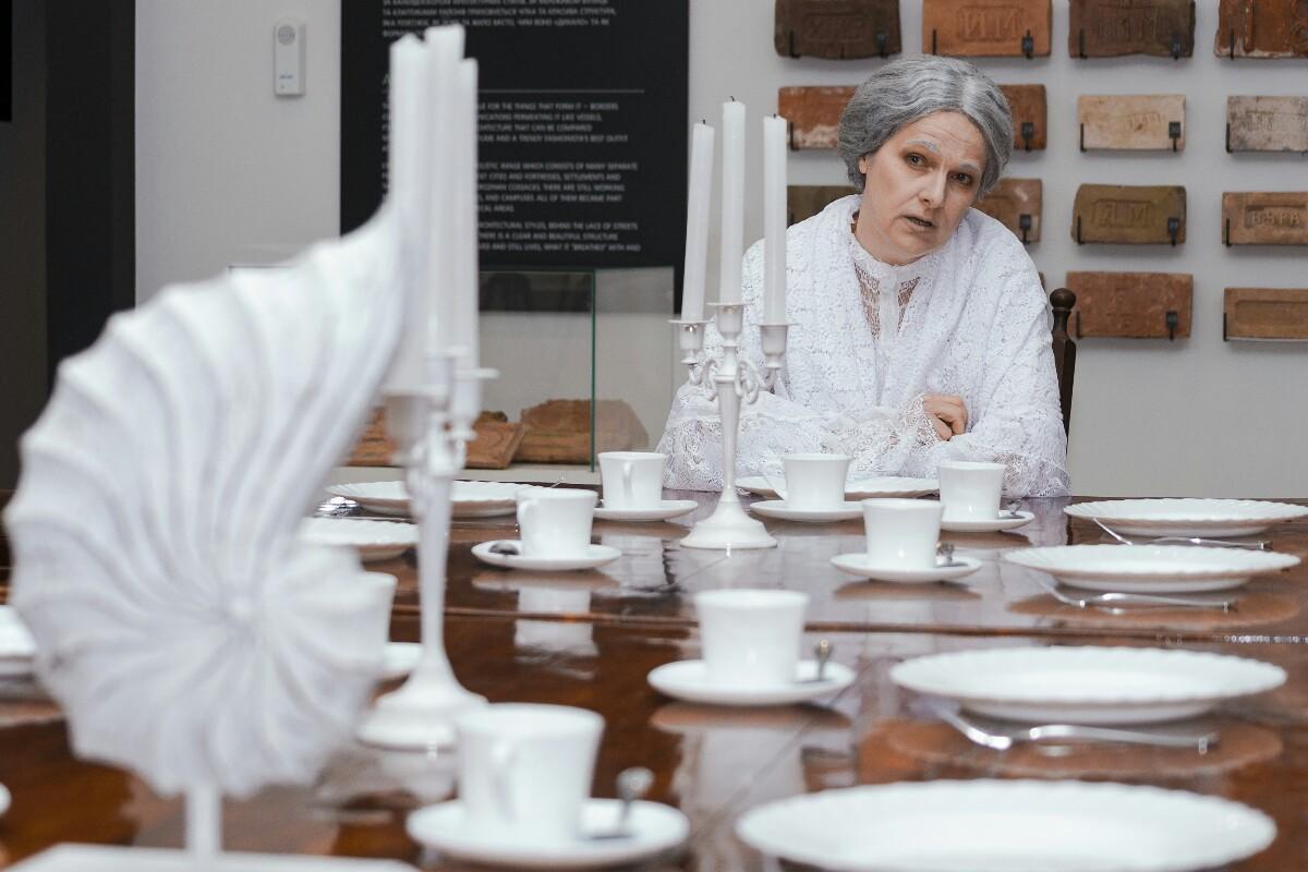 Імерсивна вистава про Олену Блаватську: з'явились квитки