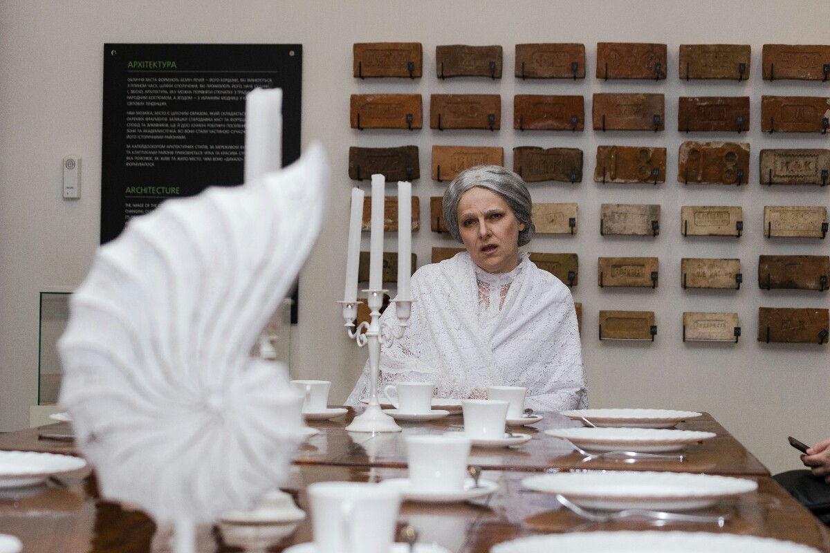 Иммерсивный спектакль о Елене Блаватской: чего ожидать?