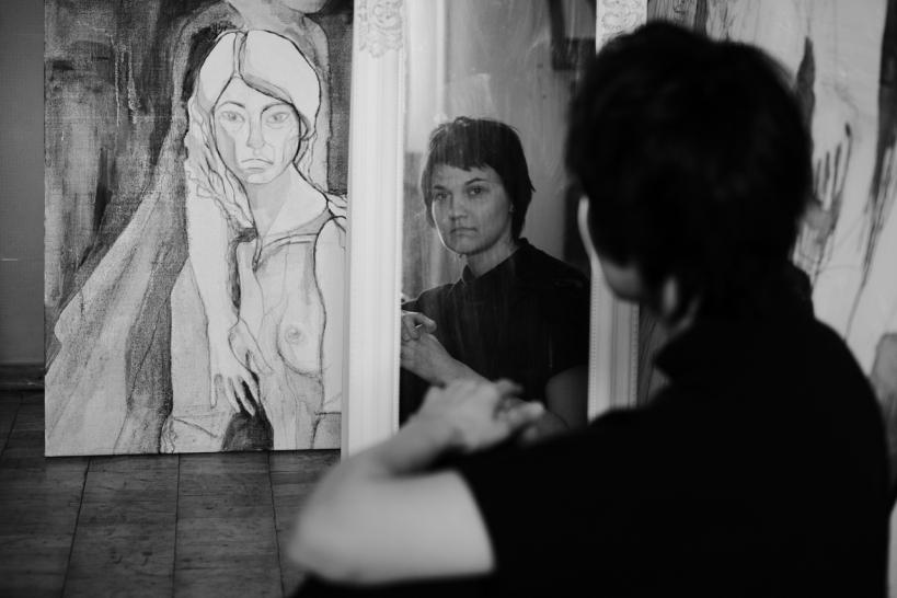 """""""Інтегрую живопис Примаченко в тату"""": правнучка художниці, яка єдина має її хист і жодної картини у спадку"""