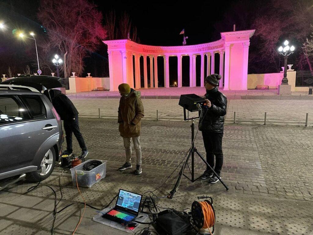 На площі біля парку Шевченка готують шоу класичної музики - 1 зображення