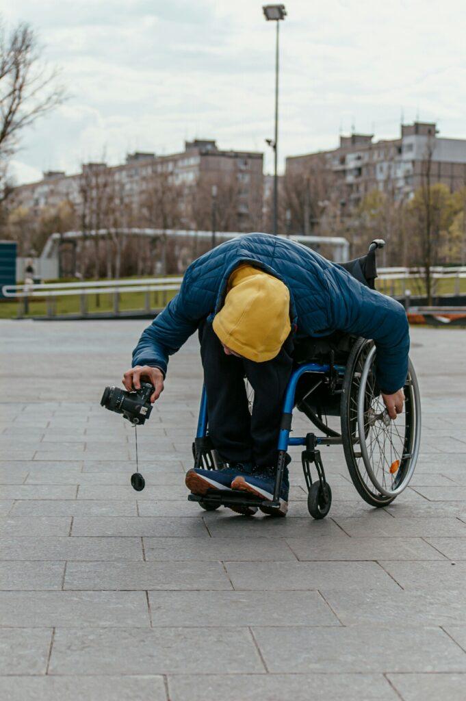 З об'єктивом на візку: історія фотографа з інвалідністю - 2 зображення
