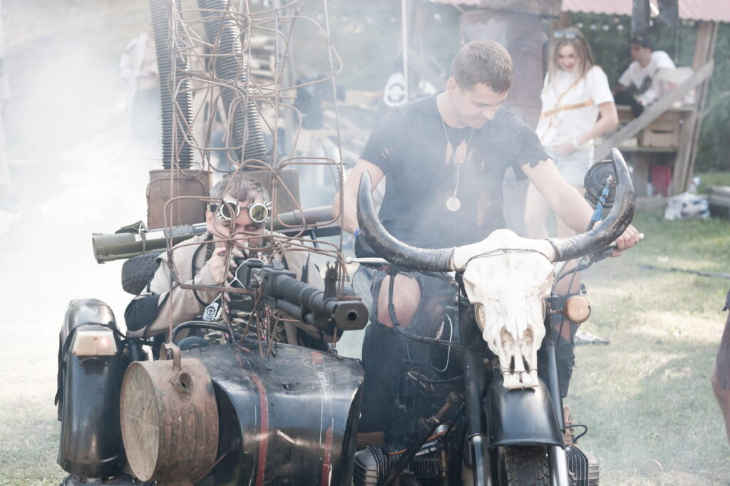 Днепрянин организовует украинскую версию Burning Man под Львовом - 1 зображення