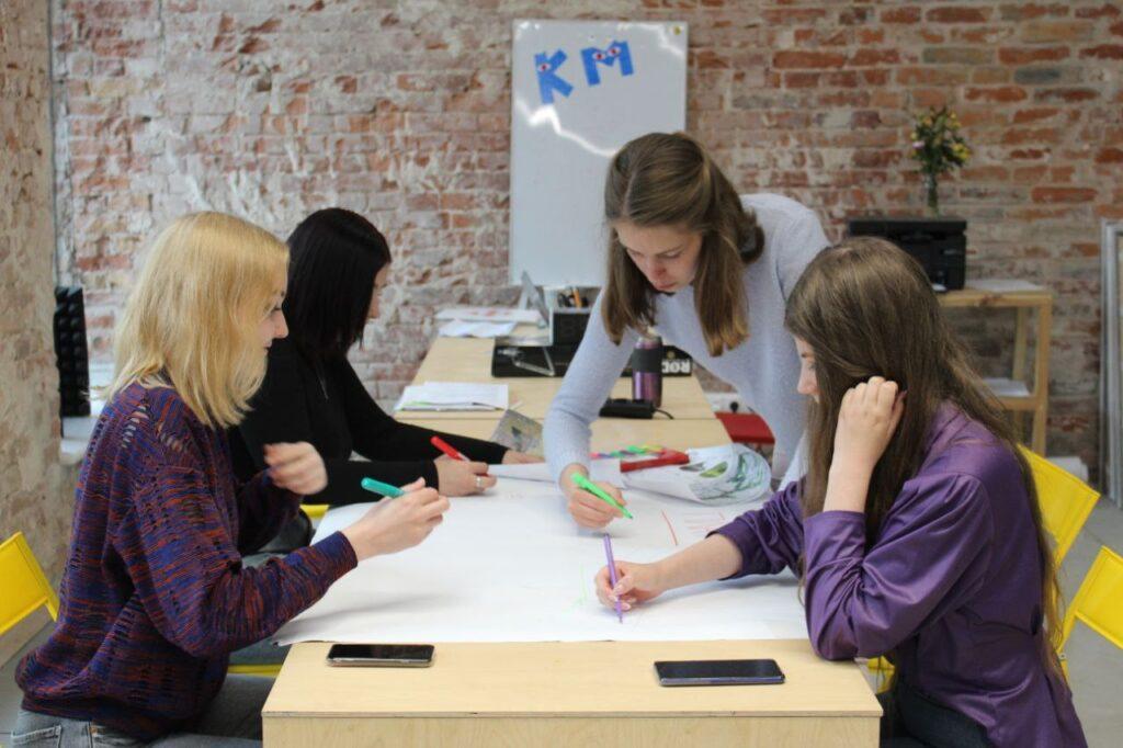 """""""Большинство преподавателей – это наши потенциальные работодатели"""" - 6 зображення"""