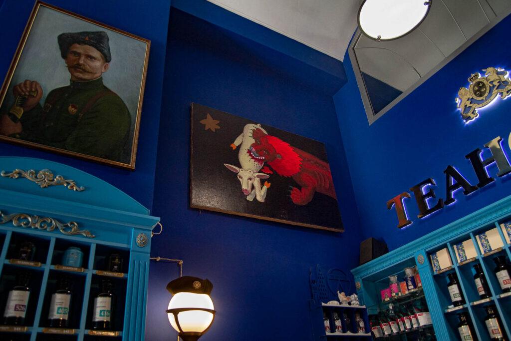 Мистецтво в справі: які дніпровські магазини та кафе поставили на українських художників - 4 зображення