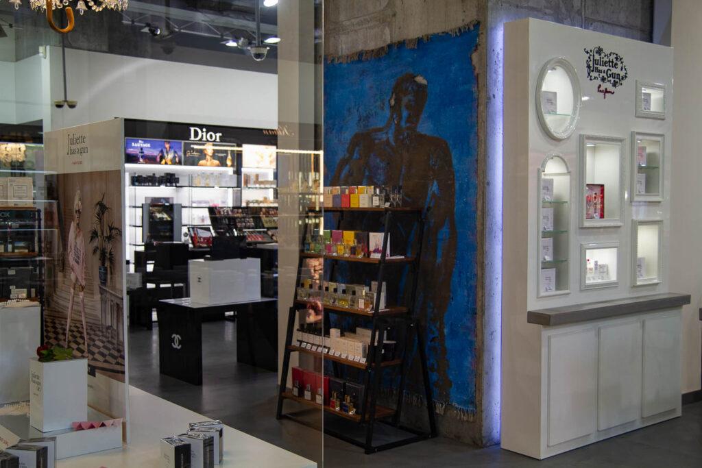 Мистецтво в справі: які дніпровські магазини та кафе поставили на українських художників - 3 зображення